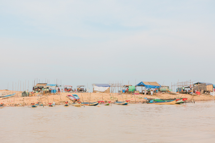 Cambodia_Floating_Village_Photo