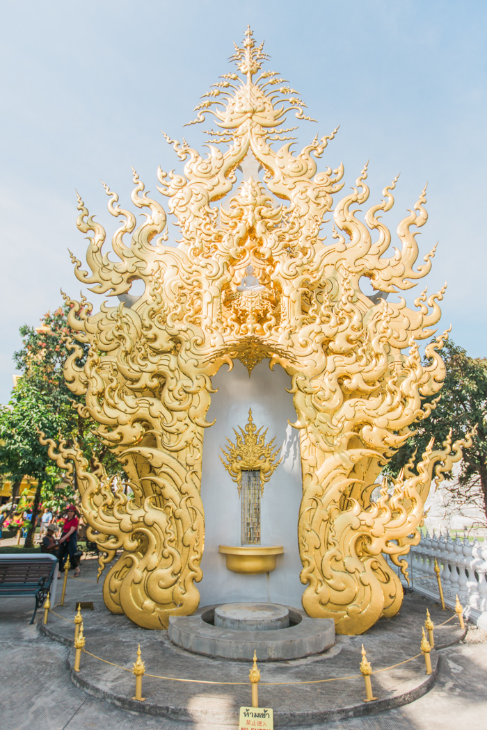 White_Temple_Chiang_Mai_Photo