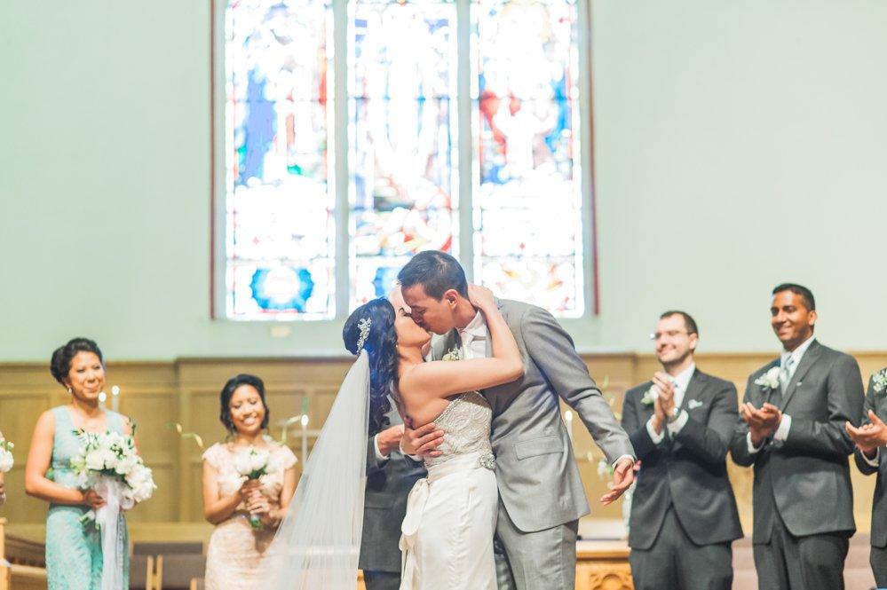 aa-toronto_yorkmills_gallery_wedding_photos-rhythm_photography-113