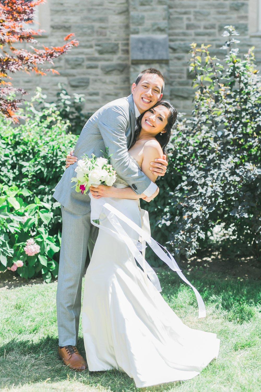aa-toronto_yorkmills_gallery_wedding_photos-rhythm_photography-58