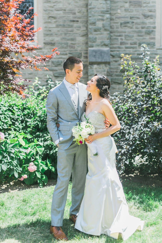 aa-toronto_yorkmills_gallery_wedding_photos-rhythm_photography-59