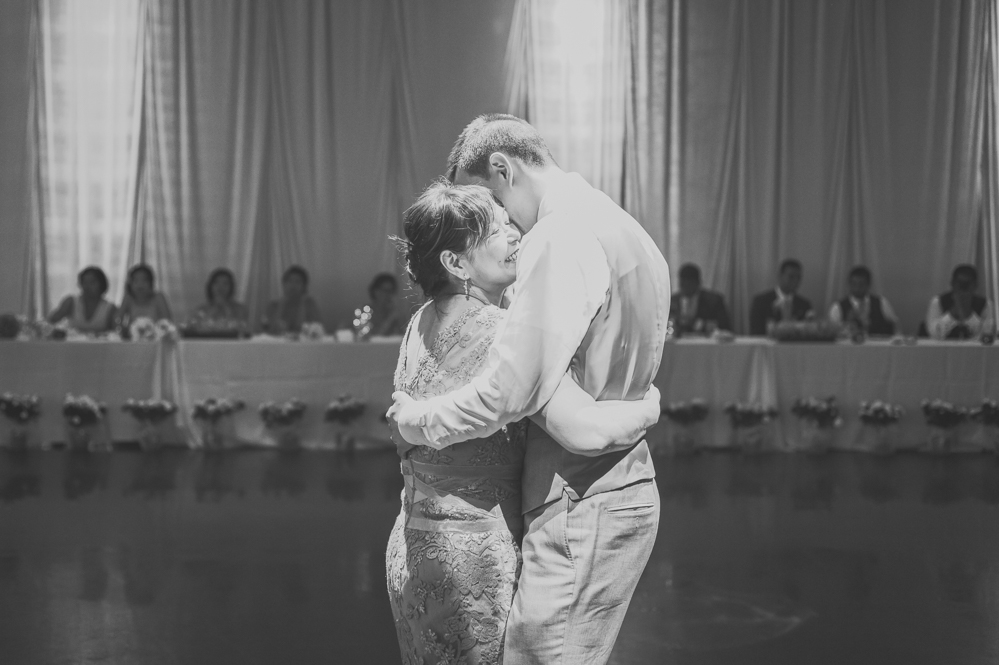 aa-toronto_yorkmills_gallery_wedding_photos-rhythm_photography-90
