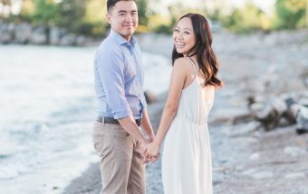 romantic_beach_engagement_photos-rhythm_photography