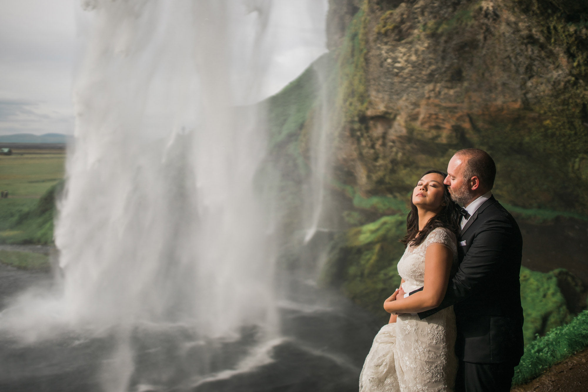 Iceland_Wedding_Elopement_Photos_Seljalandsfoss